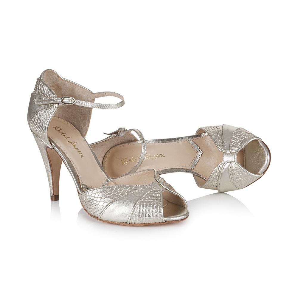 brautkleider-accessoires-201118-06